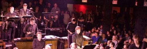 Signal at (Le) Poisson Rouge.