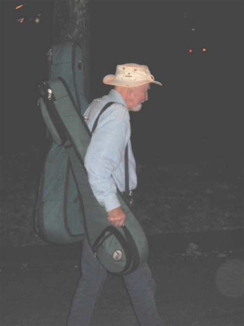 Pete Seeger is still carrying his own gear – at 90 years of age! (Copyright 2009, Steven P. Marsh)