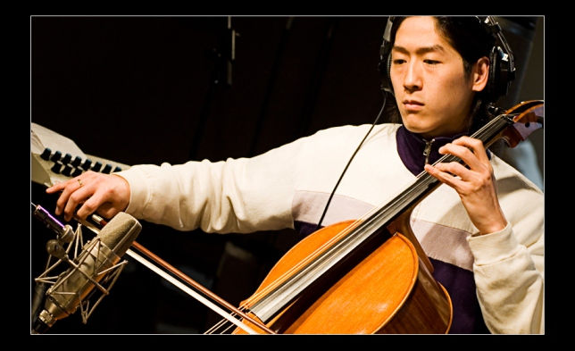 Brooklyn benefit concert for family of rock cellist Daniel Cho (1/2)