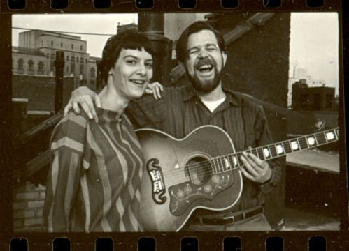 Terri Thal and Dave Van Ronk at their home at 190 Waverly Place in Greenwich Village, in August 1963 (Photo by Ann Charters, courtesy Terri Thal)