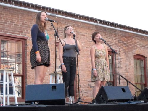 Mountain Man (Molly Erin Sarle, Alexandra Sauser-Monnig, and Amelia Randall Meath) at the 2010 Solid Sound Festival in North Adams, Mass. (© 2010, Steven P. Marsh)