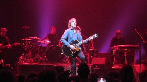 Jackson Browne and his band at The Capitol Theatre, Port Chester, New York. (© 2015, Steven P. Marsh/willyoumissme.com)