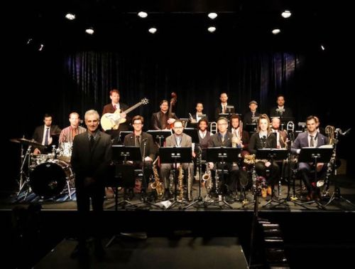 Ron Wasserman, front left, with the New York Jazzharmonic. (Mihyun Kang)